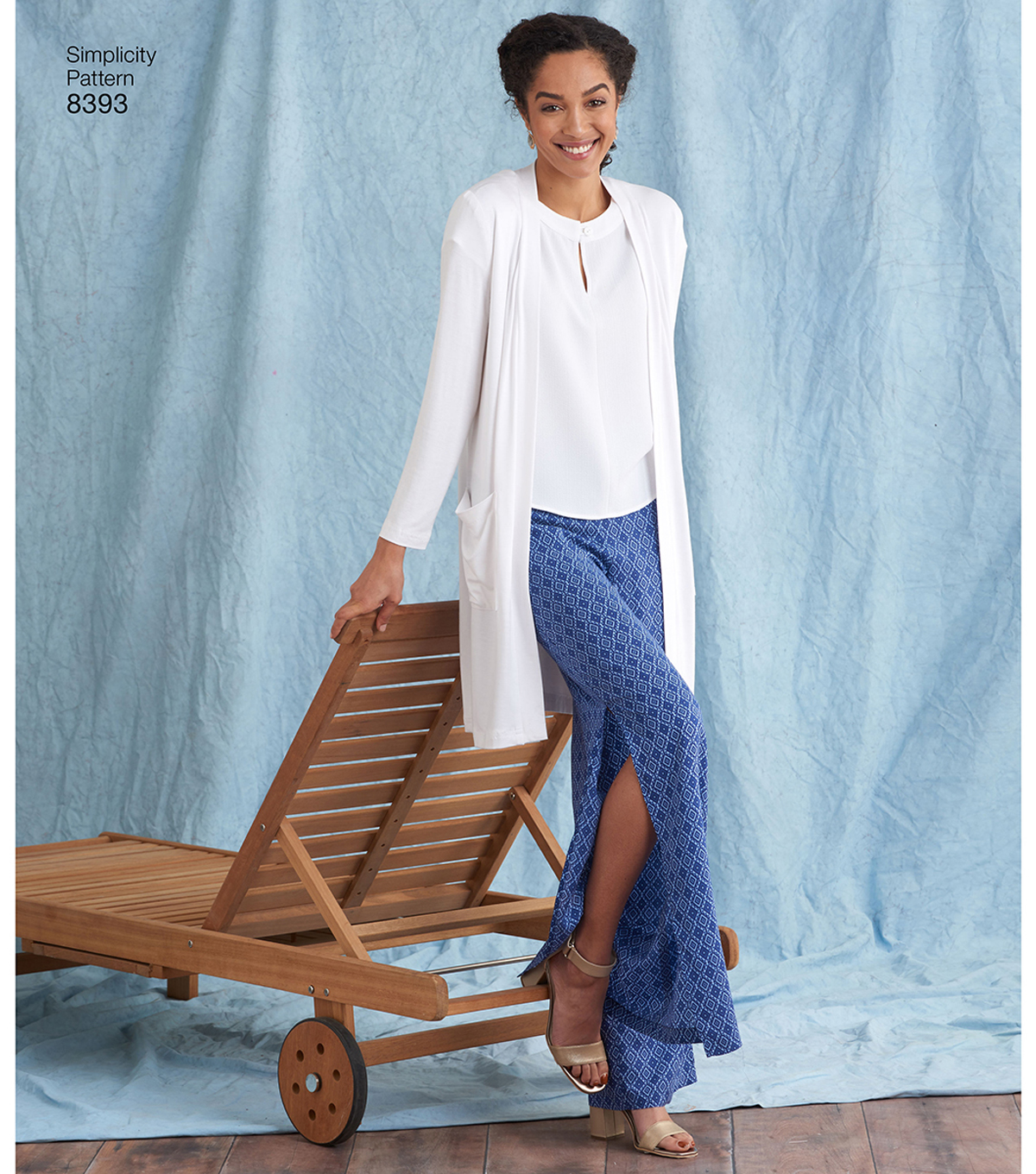 Simplicity Pattern 8393 Misses\u0027/Plus Size Apparel-Size AA (10-18)