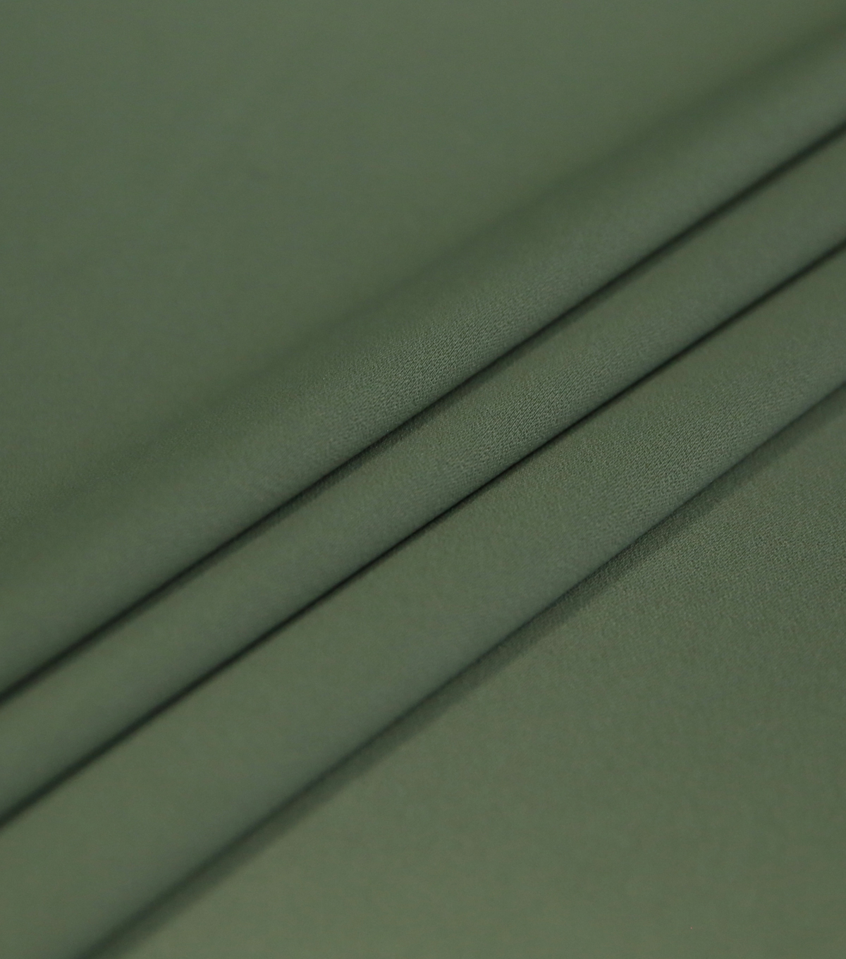 Silky Solid Stretch Crepe Fabric 58\u0022-Light Green