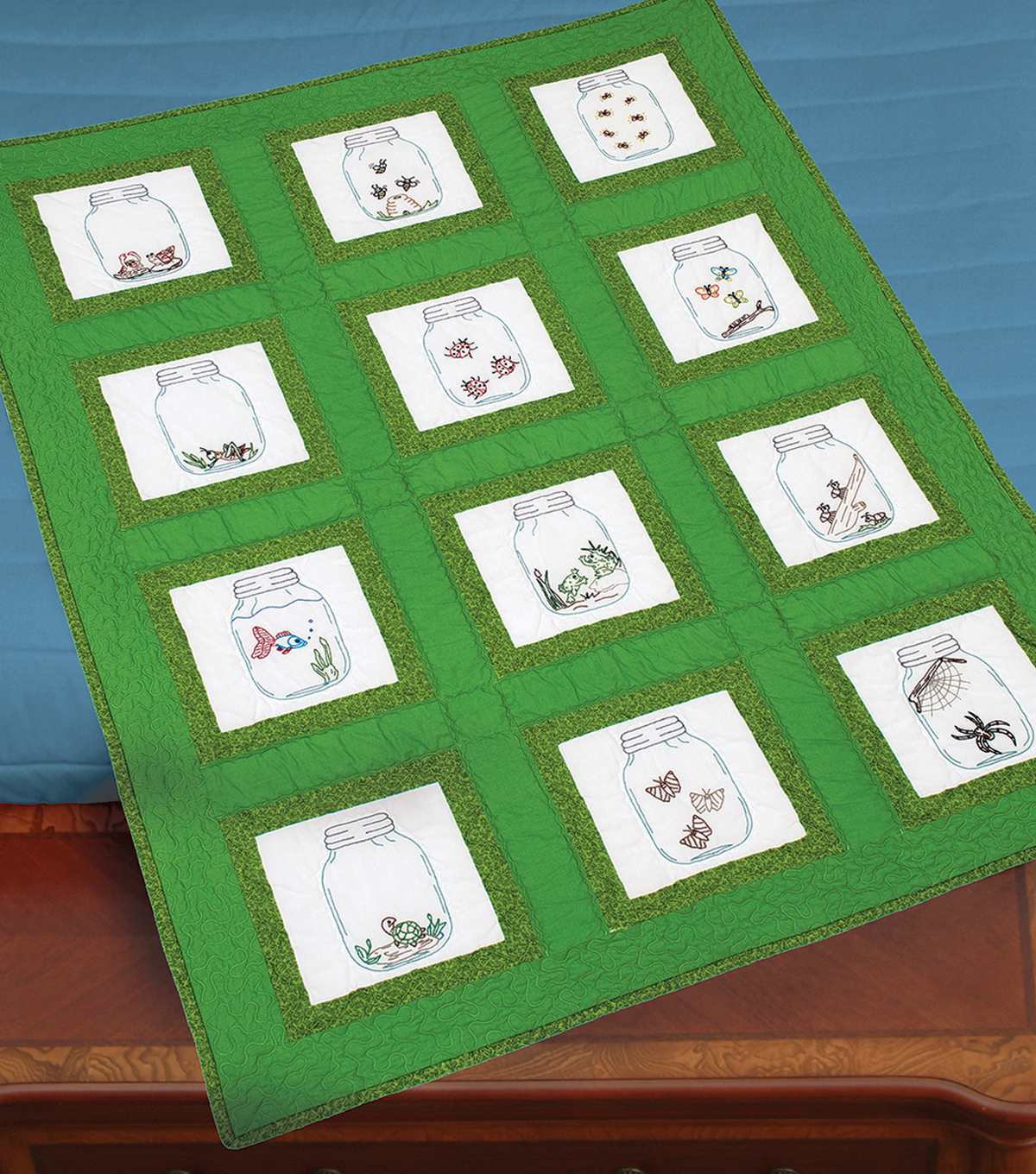 Jack Dempsey Stamped White Quilt Blocks Creatures In Jars