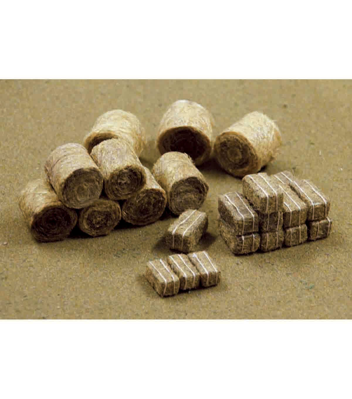 JTT Scenery Products Hay Bale Mix 21/Pkg-5 Round & 16 Rectangular