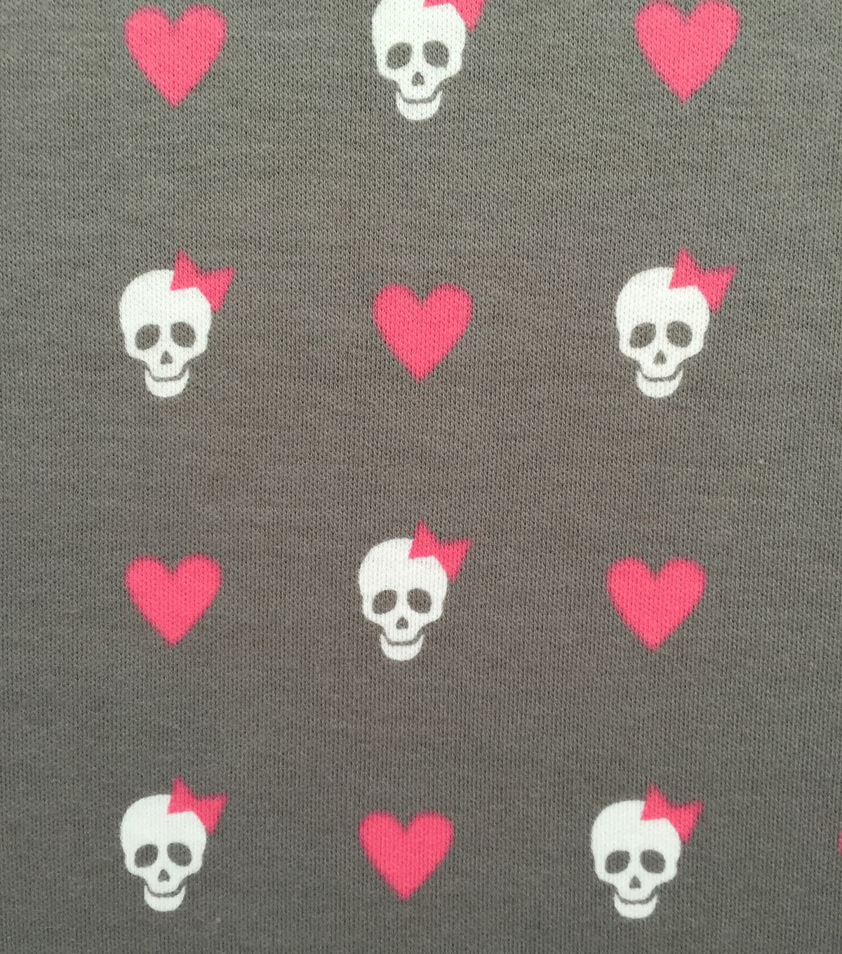 Doodles Juvenile Apparel Fabric -Skull & Hearts