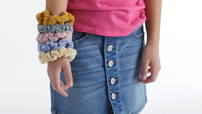 Crochet A Velvet Hair Scrunchie