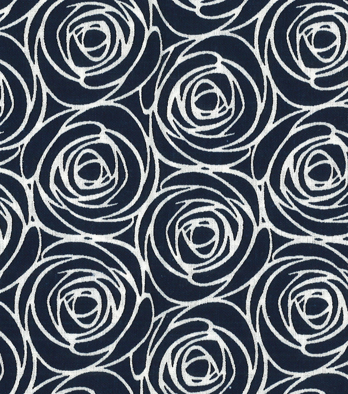 Quilter\u0027s Showcase Cotton Fabric -Floral Outline on Navy