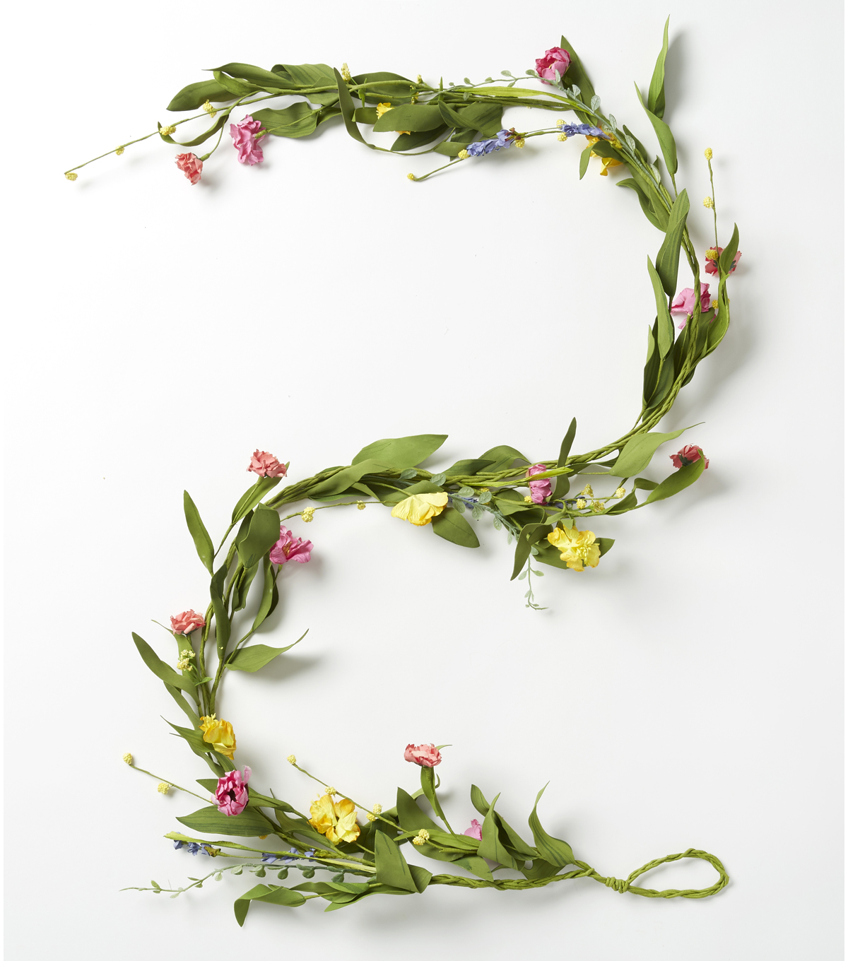 Fresh Picked Spring 66\u0027\u0027 Wildflower & Daisy Mixed Flower Garland