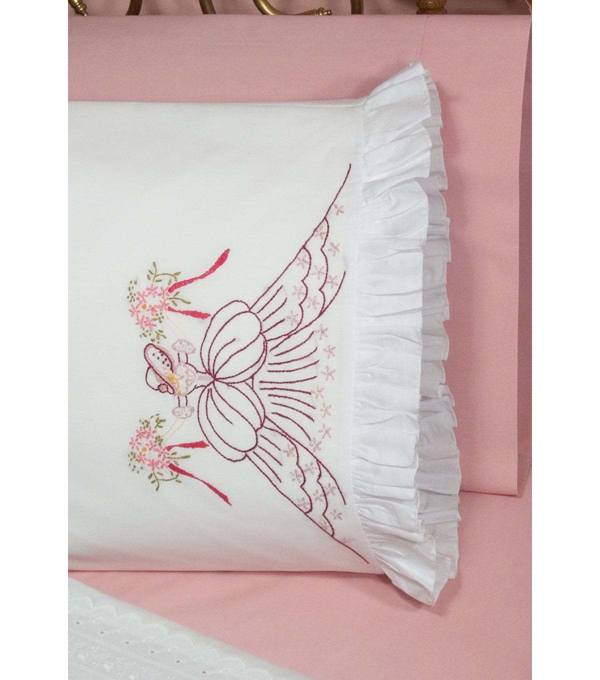 Fairway Stamped Lace Edge Pillowcase Bouquet Lady