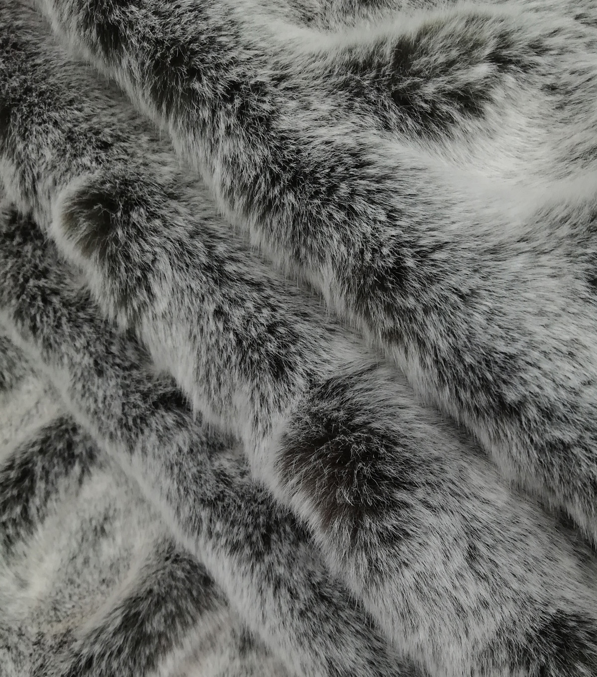 Rouched Tipped Faux Fur Fabric-Gray & Black