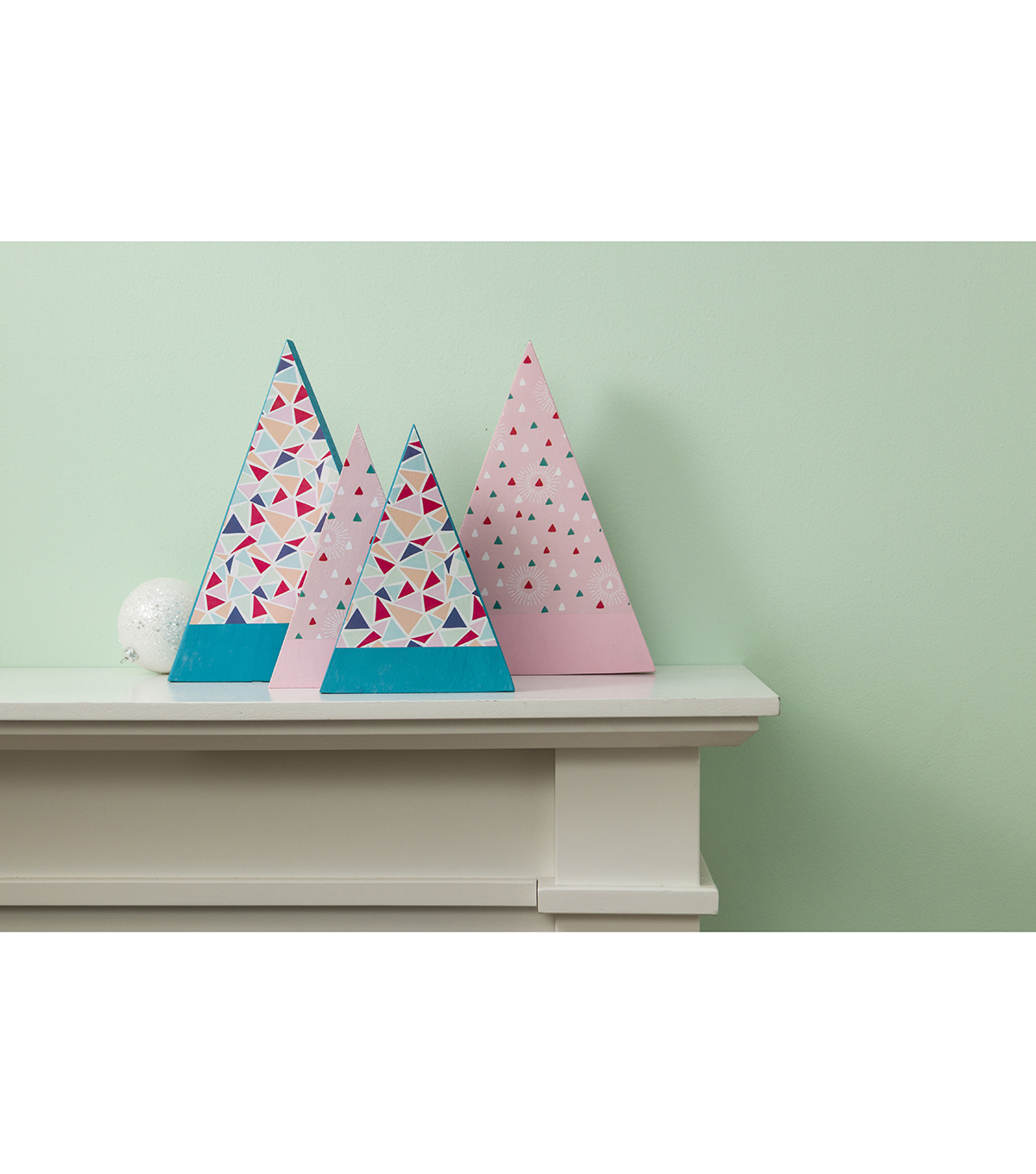 Cricut Premium Vinyl Patterned Hostess with the Mostess-Modern Cheer