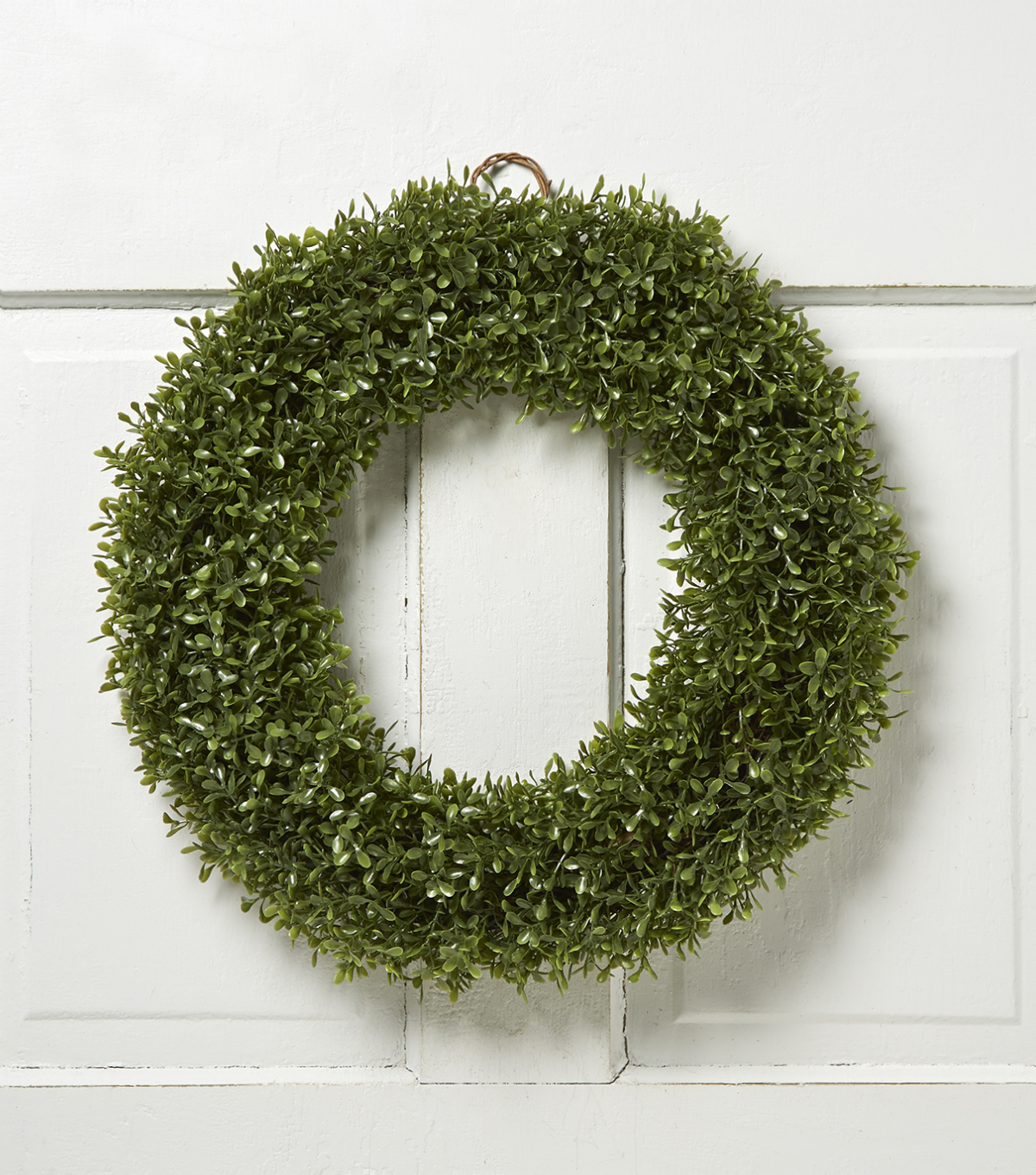 Boxwood 18\u0027\u0027 Soft Touch Wreath-Green
