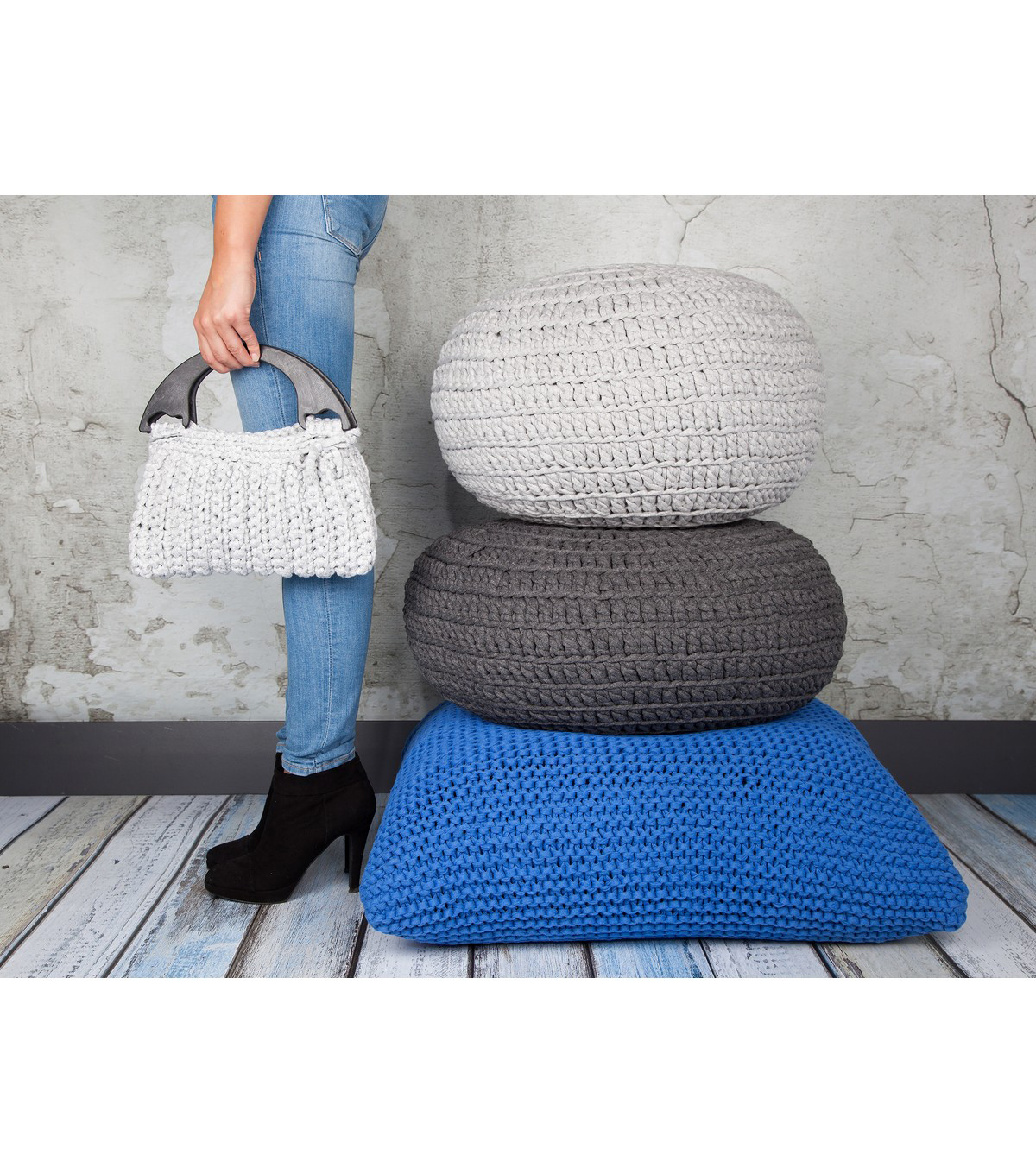 Hoooked Knit & Crochet Pouf Kit with Zpagetti Yarn-Silver Gray