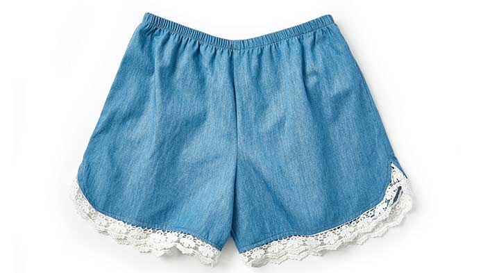 Sew Shorts With Trim