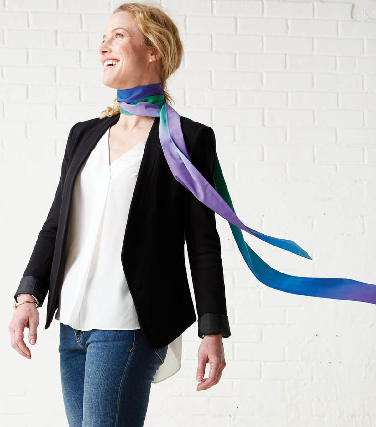 A Guide To Skinny Scarves