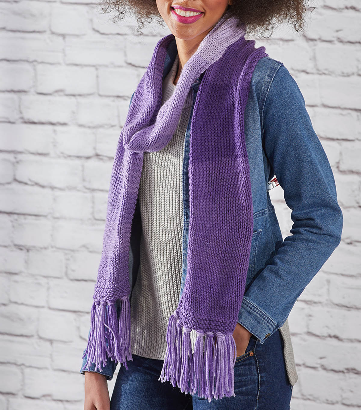 How To Make an Easy Stripes Knit Scarf