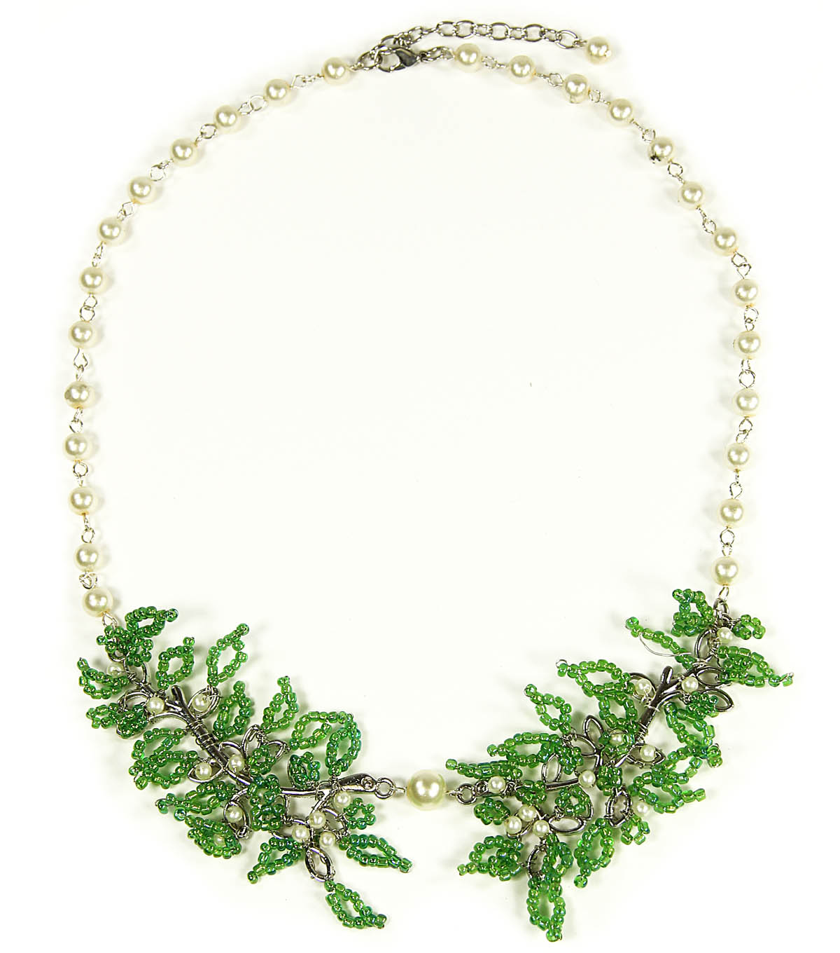 Delicate Leaf Collar Necklace
