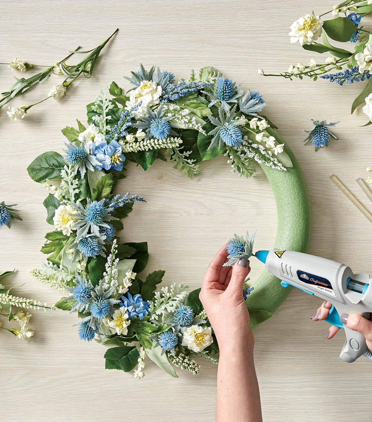 How to make a floral wreath joann how to make a floral wreath izmirmasajfo