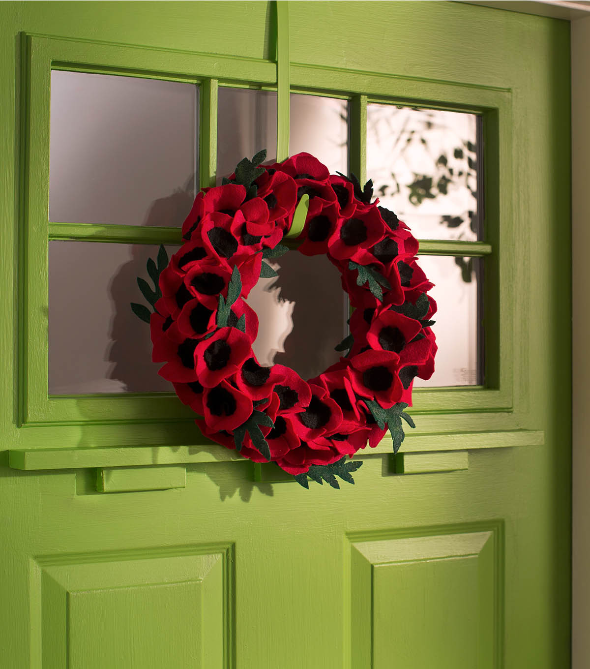 How To Make A Veterans Day Poppy Wreath Joann
