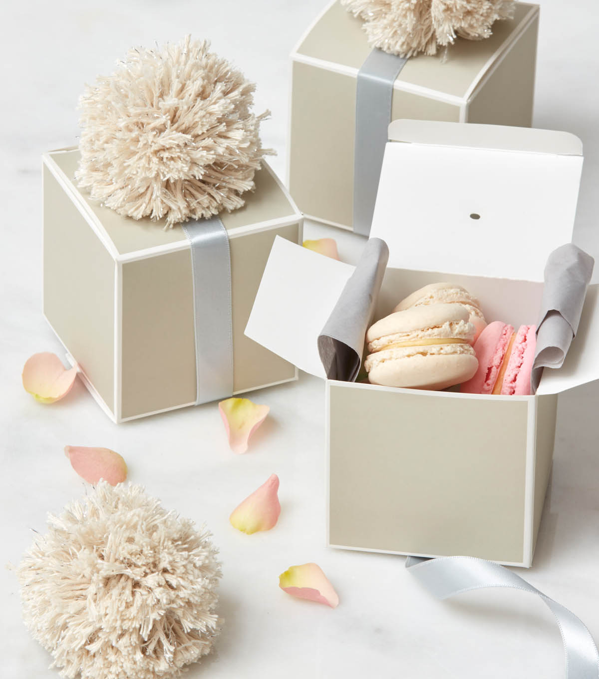 How To Make Pom Pom Treat Boxes