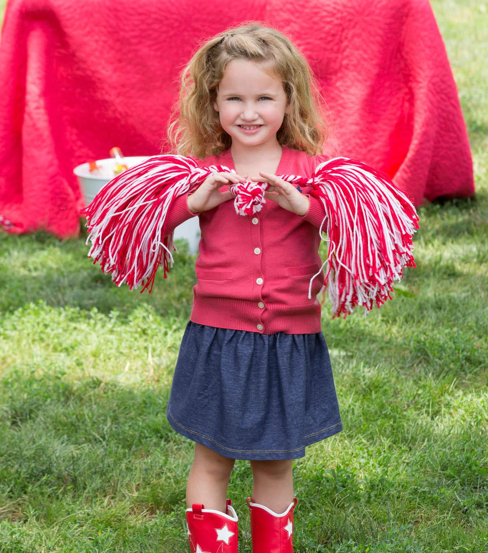 Diy cheerleader pom poms joann cheerleading pompoms solutioingenieria Gallery
