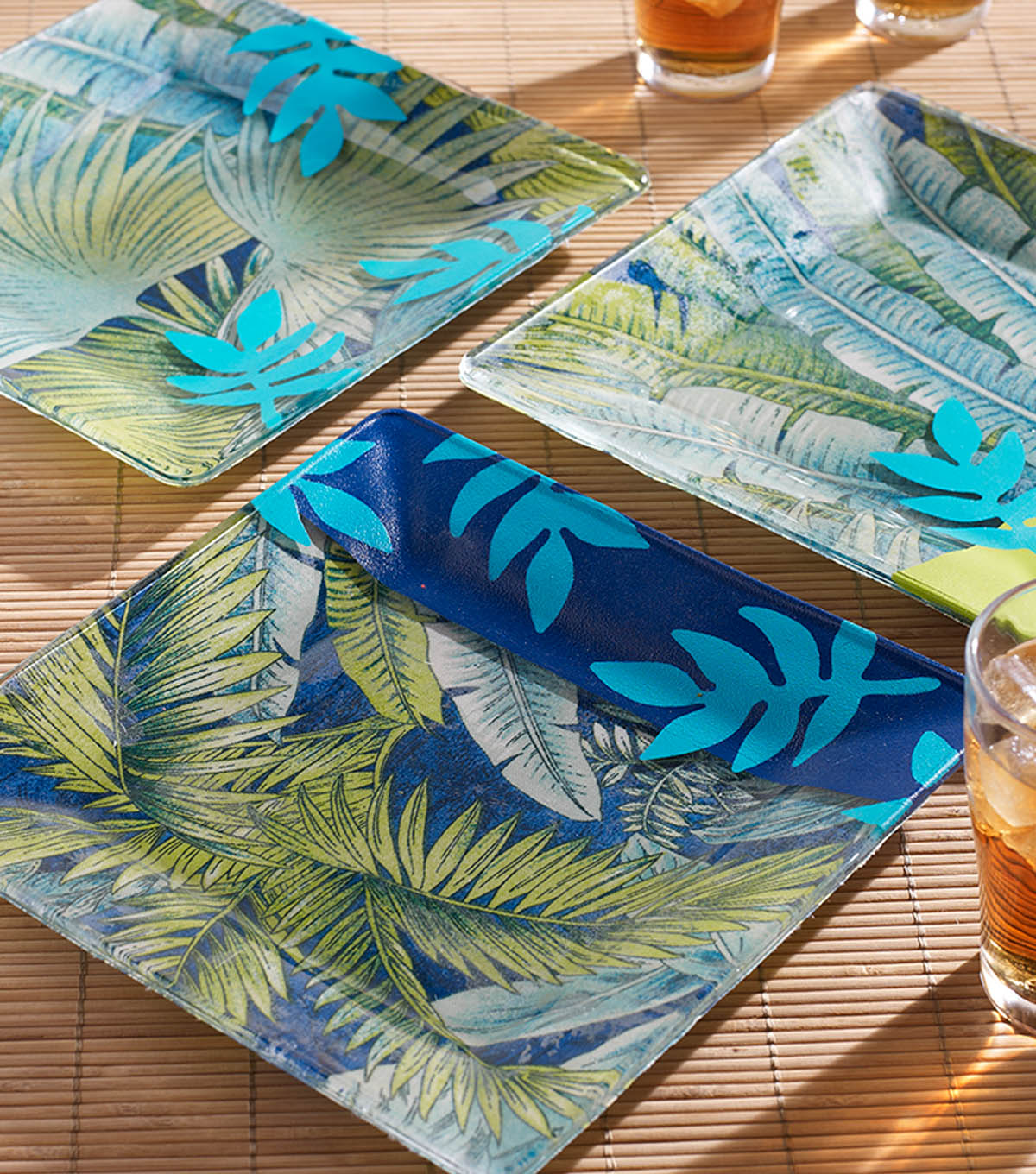 How To Make IPANEMA INSPIRED MOD PODGE PLATES