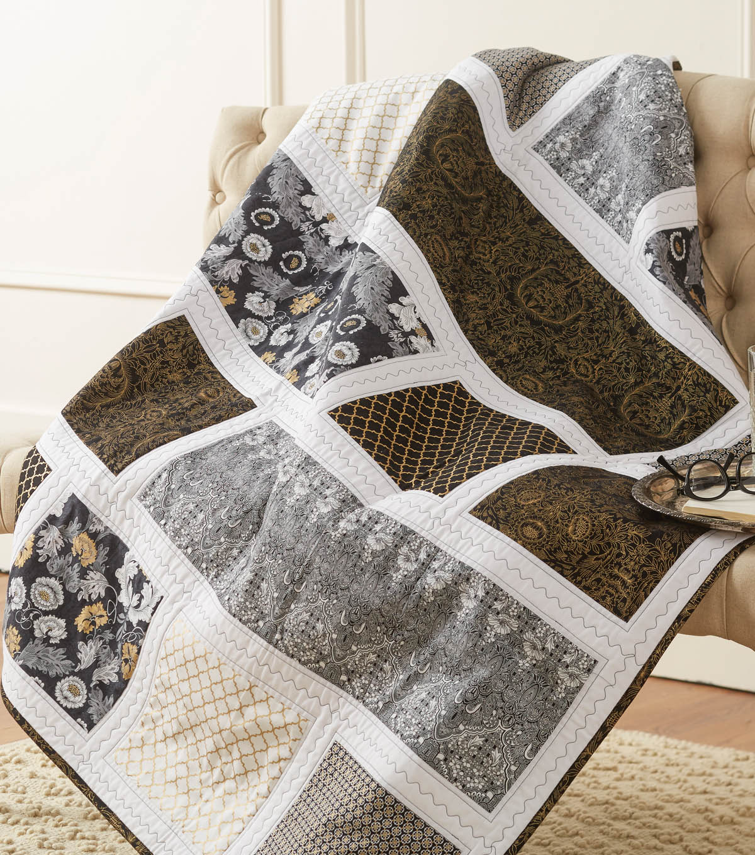 White apron joann fabrics - Ercream Black White And Gold Quilt