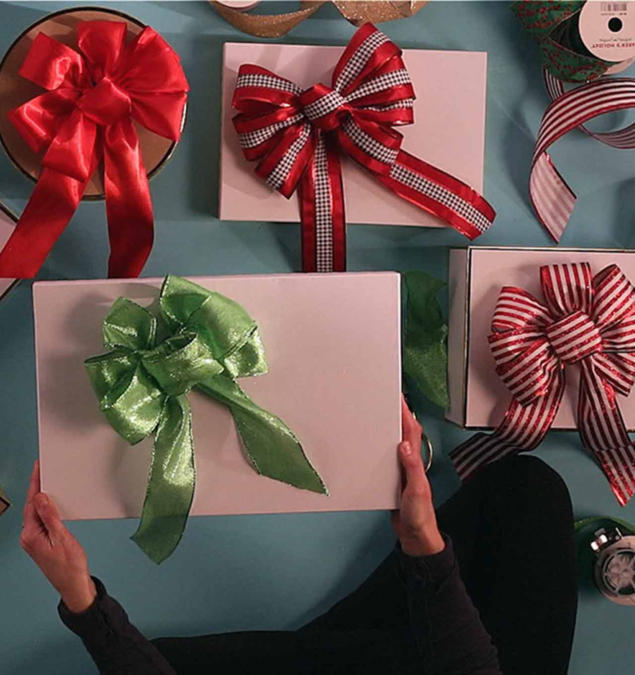 how to make ribbon bows - How To Make Christmas Bows Out Of Ribbon