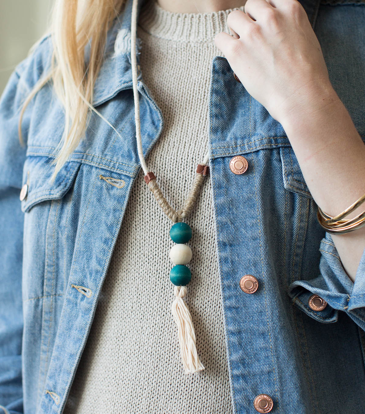 How To Make A Dyed Wood Bead Necklace   JOANN