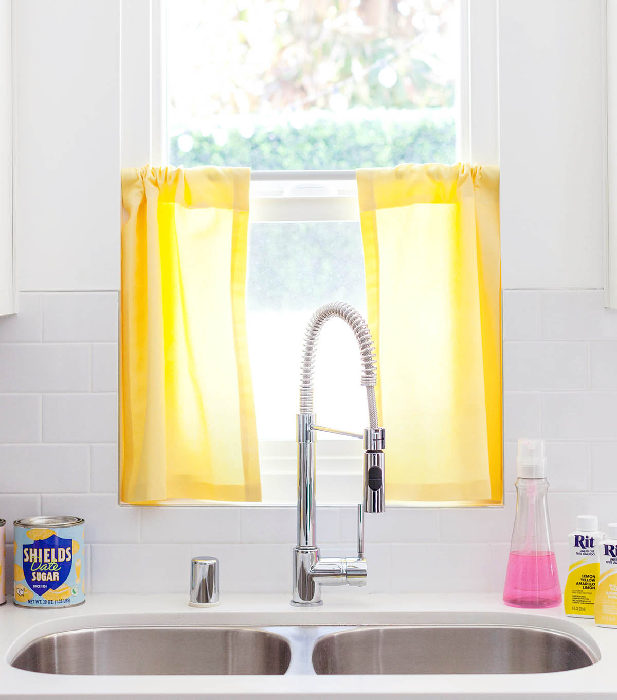 How To Make Dyed Kitchen Café Curtains | JOANN