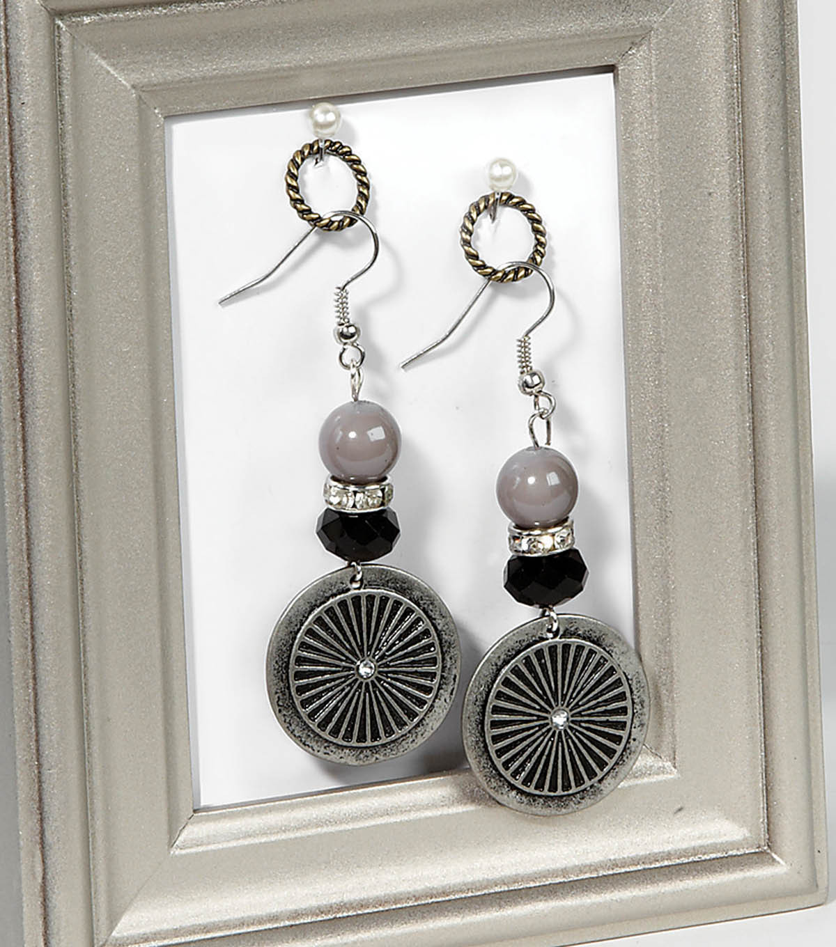 Black and Silver Earrings Set
