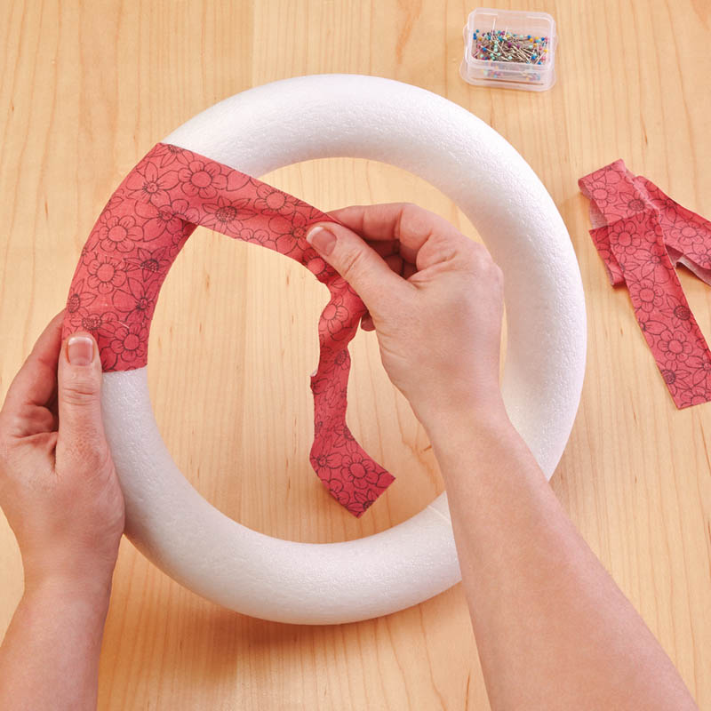 Image Of How To Wrap A Wreath Diy Easy Christmas Wreathwhen