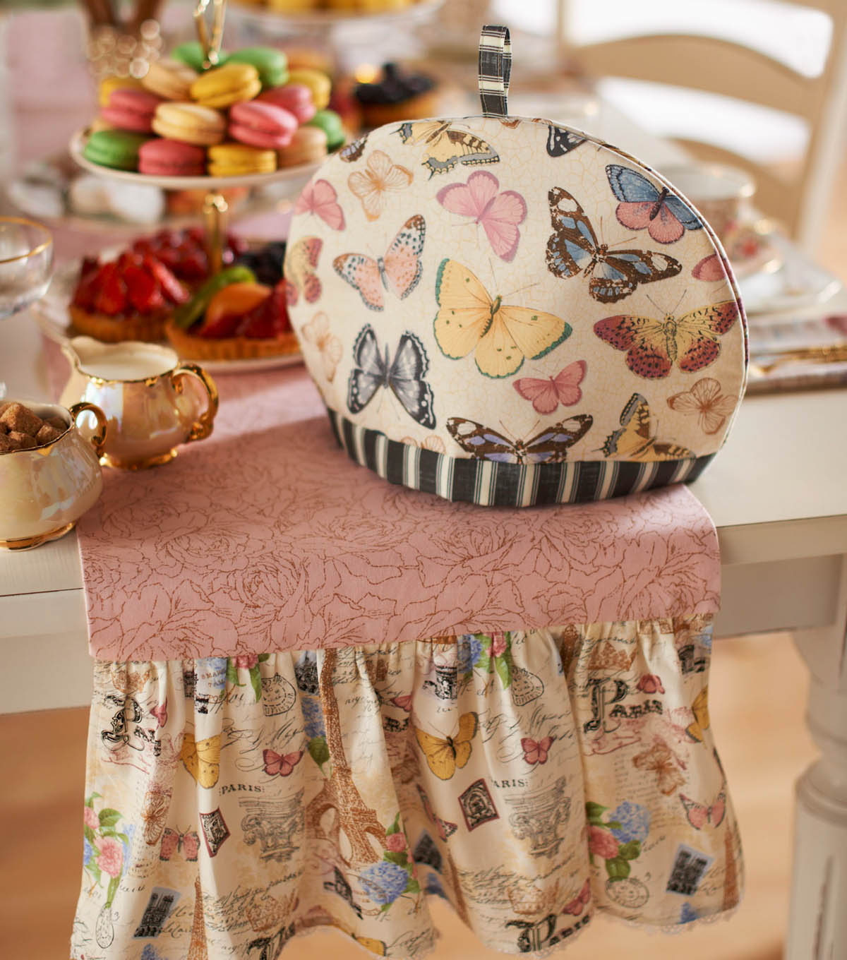 Party Bunting Cotton Fabric Tea Party Craft Quilting Upholstery Fabric