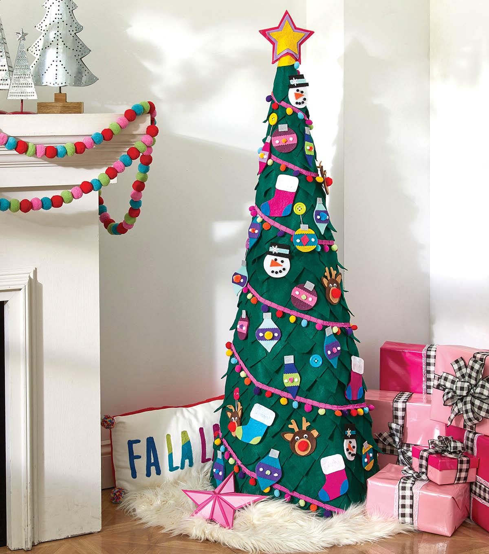 How To Make A Felt Christmas Tree and Ornaments | JOANN